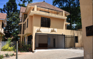 4 bedroom Townhouse for sale 23 Kyuna Cres Kyuna Nairobi