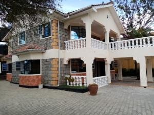 5 bedroom Townhouses Houses for rent Katani Road Syokimau Athi RIver Machakos
