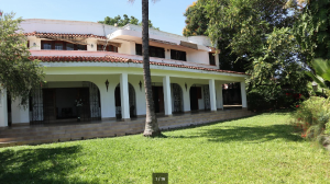 5 bedroom Houses for sale - Mkomani Mombasa