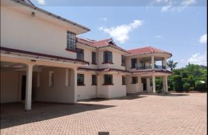 5 bedroom Houses for sale - Runda Westlands Nairobi