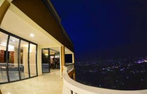 5 bedroom Apartment for rent Naguru Kampala Central