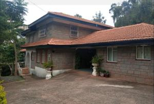 5 bedroom Houses for rent Spring Valley Nairobi