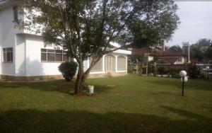 5 bedroom Houses for rent .  Runda Westlands Nairobi