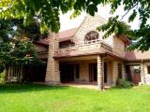 5 bedroom Houses for sale Karen Nairobi