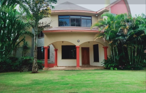 5 bedroom Houses for sale 550 Runda Cres, Runda Westlands Nairobi