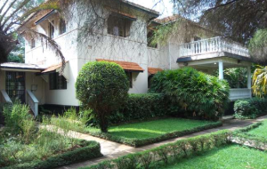 5 bedroom Apartment for rent Close To Vice President's Residence Nakasero Kampala Central