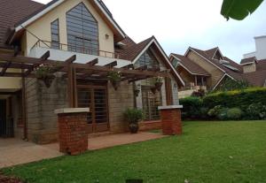 5 bedroom Townhouses Houses for rent - Lavington Dagoretti North Nairobi