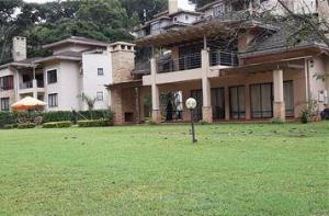 5 bedroom Townhouses Houses for rent - Kitisuru Nairobi