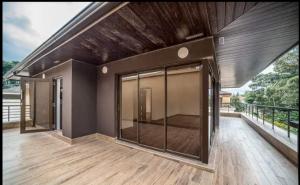 5 bedroom Houses for sale - Lavingtone Nairobi