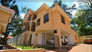 5 bedroom Townhouses Houses for sale 400 Grevillea Grove Westlands Nairobi