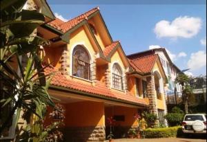 6 bedroom Houses for sale - Lavingtone Nairobi