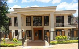 5 bedroom Townhouse for sale - Kitisuru Nairobi