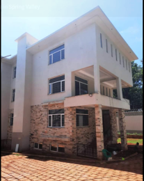 5 bedroom Townhouse for sale - Spring Valley Nairobi