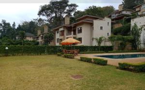 5 bedroom Townhouses Houses for sale - Kitisuru Nairobi