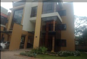 Townhouse for sale - Kileleshwa Nairobi