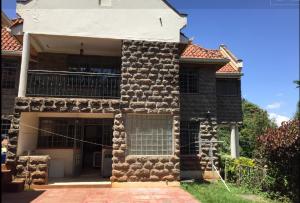 Houses for rent - Muthaiga Nairobi