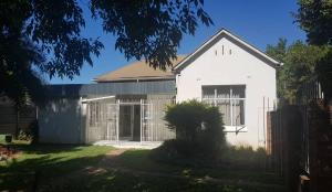 6 bedroom Commercial Property for sale along Selous Avenue Harare CBD Harare
