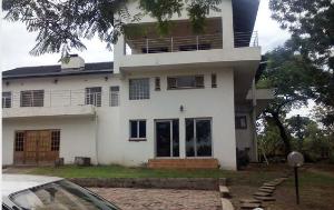 6 bedroom Houses for rent - Kambanji Harare North Harare