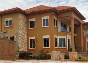 6 bedroom Apartment for sale Mpigi Central