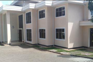 6 bedroom Townhouses Houses for rent - Kitisuru Nairobi