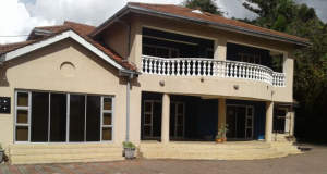 7 bedroom Offices Commercial Property for rent Avondale Harare North Harare
