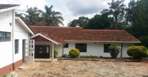 4 bedroom Houses for sale Nairobi, Loresho Loresho Nairobi