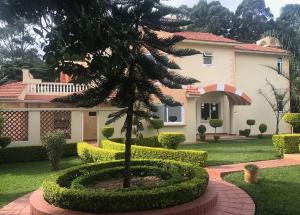 4 bedroom Houses for sale Nairobi, Spring Valley Spring Valley Nairobi