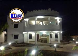 10 bedroom Houses for sale Watamu, Watamu Watamu Watamu
