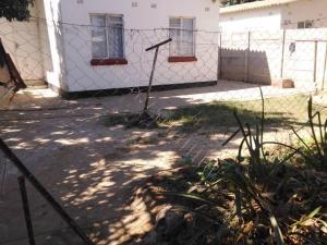 2 bedroom Houses for sale Zengeza Chitungwiza Mashonaland East