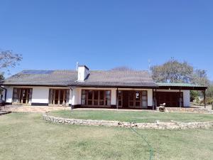 3 bedroom Houses for sale Matsheumhlope Bulawayo East Bulawayo