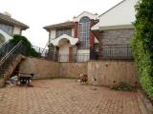 4 bedroom Townhouses Houses for sale Runda Westlands Nairobi