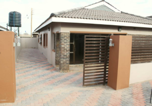5 bedroom Houses for sale Aspindale Park Harare West Harare