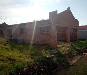 Houses for sale Bluff Hill Harare West Harare