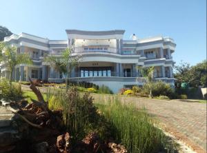 Houses for sale Borrowdale Brooke Harare North Harare