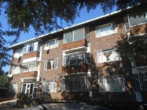 2 bedroom Flats & Apartments for sale Bulawayo City Centre Bulawayo CBD, Industrial Bulawayo