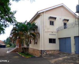 5 bedroom Villa for rent Muyenga Kampala Central