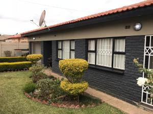 4 bedroom Houses for sale Madokero Harare West Harare