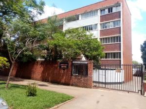 2 bedroom Flats & Apartments for sale chnamano avenues area Harare City Centre Harare CBD Harare