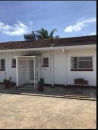 3 bedroom Flats & Apartments for rent Meyrick Park Harare West Harare
