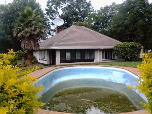4 bedroom Commercial Property for rent Greendale North Harare North Harare