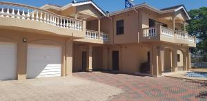 6 bedroom Houses for sale Greystone Park Harare North Harare
