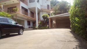 5 bedroom Villa for rent Kololo Kampala Central Kampala Central