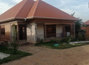 3 bedroom Apartment for sale Bwebajja Dundu Kalangala Central