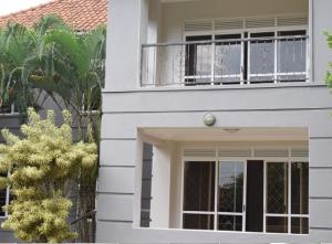 4 bedroom Apartment for rent ntinda Kampala Central