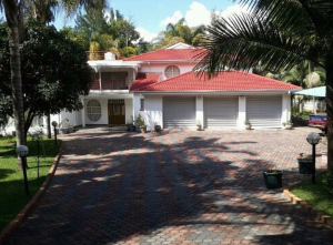 6 bedroom Houses for rent Glen Lorne Harare North Harare