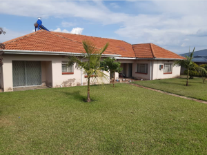 4 bedroom Houses for sale Arcturus road Harare East Harare