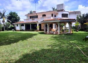 5 bedroom Houses for sale Nairobi, New Muthaiga New Muthaiga Nairobi