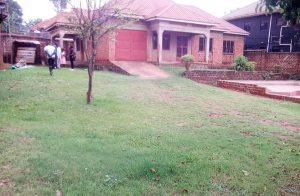 4 bedroom Apartment for rent Kampala Central