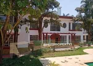6 bedroom Houses for sale Red Hill Rd Nairobi, Nyari, Nairobi Nyari Nairobi