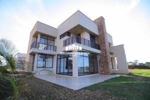 4 bedroom Villa for sale Garuga road Kampala Central